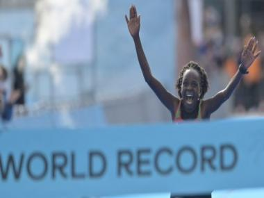 Peres Jepchirchir beats own half-marathon world record in Gdynia; Joshua Cheptegei misses out on medal