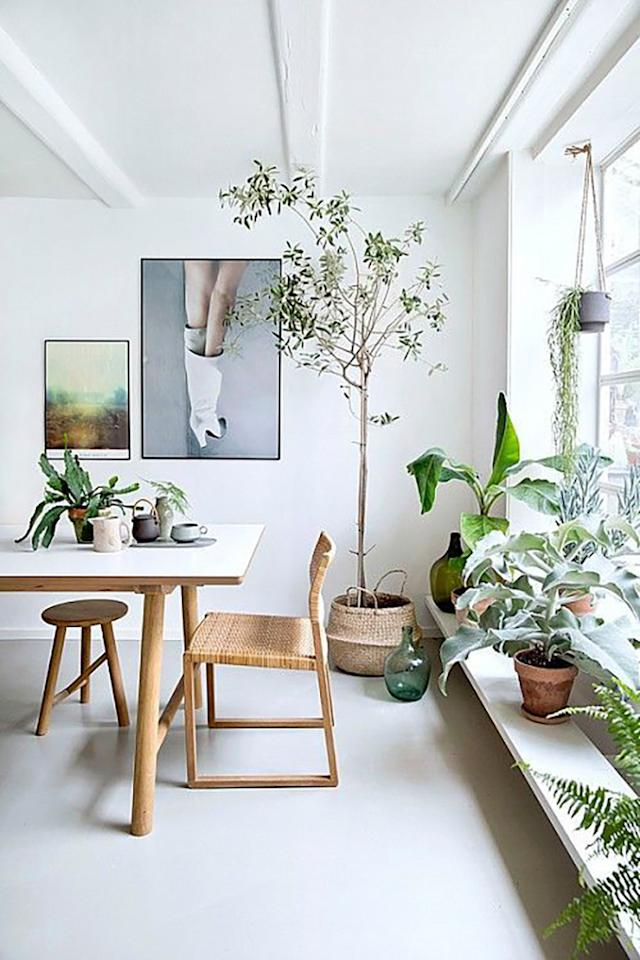 Sparse, thoughtfully placed decor keeps a room feeling full—but not cluttered.