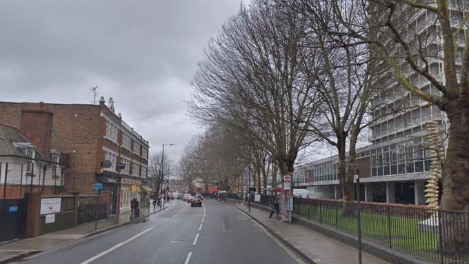 39 people arrested after man stabbed in London