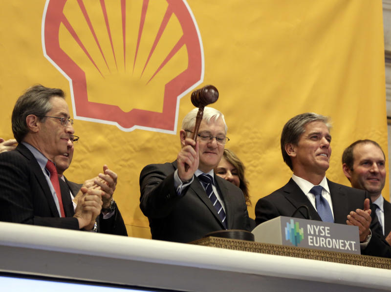 Shell Q3 profits hit by lower production
