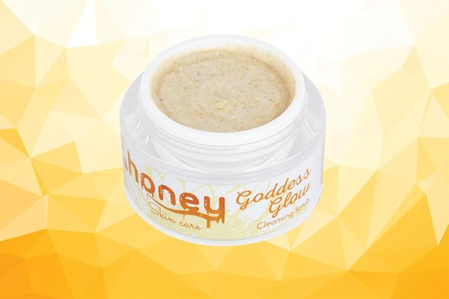 Goddess Glow Cleansing Scrub by eHoney Skin. (Photos: eHoney Skin; Getty Images; Art: Casey Hollister for Yahoo Lifestyle)
