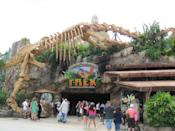 """<p>From dinosaurs to the rainforest to afternoon tea, there's a themed dining experience to grab anyone and everyone's attention.</p> <ul> <li><a href=""""https://disneyworld.disney.go.com/dining/disney-springs/t-rex/"""" class=""""link rapid-noclick-resp"""" rel=""""nofollow noopener"""" target=""""_blank"""" data-ylk=""""slk:T-Rex"""">T-Rex</a> (Disney Springs)</li> <li><a href=""""https://disneyworld.disney.go.com/dining/animal-kingdom/rainforest-cafe-animal-kingdom/"""" class=""""link rapid-noclick-resp"""" rel=""""nofollow noopener"""" target=""""_blank"""" data-ylk=""""slk:Rainforest Cafe"""">Rainforest Cafe</a> (Animal Kingdom)</li> <li><a href=""""https://disneyworld.disney.go.com/dining/hollywood-studios/sci-fi-dine-in-theater/"""" class=""""link rapid-noclick-resp"""" rel=""""nofollow noopener"""" target=""""_blank"""" data-ylk=""""slk:Sci-Fi Dine-In Theater Restaurant"""">Sci-Fi Dine-In Theater Restaurant</a> (Hollywood Studios)</li> <li><a href=""""https://disneyworld.disney.go.com/dining/wilderness-lodge-resort/whispering-canyon-cafe/"""" class=""""link rapid-noclick-resp"""" rel=""""nofollow noopener"""" target=""""_blank"""" data-ylk=""""slk:Whispering Canyon Cafe"""">Whispering Canyon Cafe</a> (Disney's Wilderness Lodge Resort)</li> <li><a href=""""https://disneyworld.disney.go.com/dining/disney-springs/planet-hollywood-observatory/"""" class=""""link rapid-noclick-resp"""" rel=""""nofollow noopener"""" target=""""_blank"""" data-ylk=""""slk:Planet Hollywood Observatory"""">Planet Hollywood Observatory</a> (Disney Springs)</li> <li><a href=""""https://disneyworld.disney.go.com/dining/epcot/coral-reef-restaurant/"""" class=""""link rapid-noclick-resp"""" rel=""""nofollow noopener"""" target=""""_blank"""" data-ylk=""""slk:Coral Reef Restaurant"""">Coral Reef Restaurant</a> (Epcot)</li> <li><a href=""""https://disneyworld.disney.go.com/dining/hollywood-studios/50s-prime-time-cafe/"""" class=""""link rapid-noclick-resp"""" rel=""""nofollow noopener"""" target=""""_blank"""" data-ylk=""""slk:50's Prime Time Café"""">50's Prime Time Café</a> (Hollywood Studios)</li> <li><a href=""""https://disneyworld.disney.go.com/dining/grand-floridian-resort-and-spa/garden-view"""