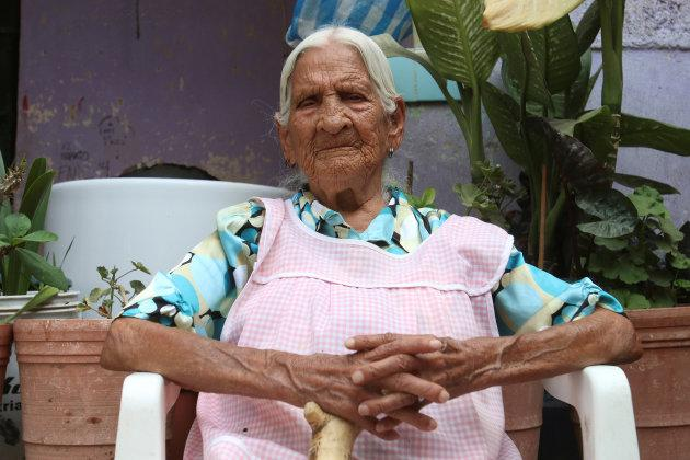116 year-old Maria Felix Nava sits at her house patio during an interview with Reuters in the municipality of Tlaquepaque, on the outskirts of Guadalajara, Mexico, April 25, 2017. Picture taken April 25, 2017. REUTERS/Miguel Garcia FOR EDITORIAL USE ONLY. NO RESALES. NO ARCHIVES - RTS142GD