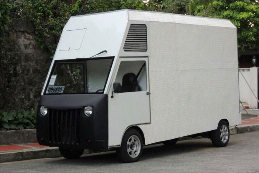 Atoy Llave's mobile quarantine facility based on a Suzuki Super Carry