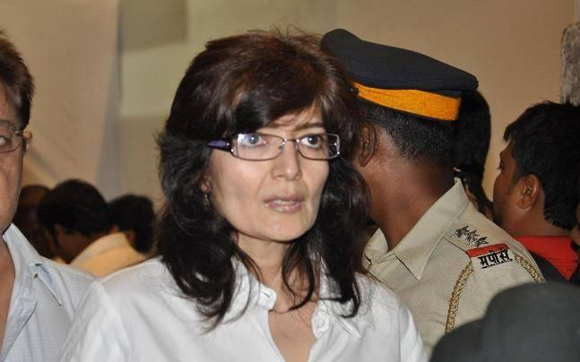 53-year-old actor Sonu Walia gets obscene, lewd calls. Complaint filed