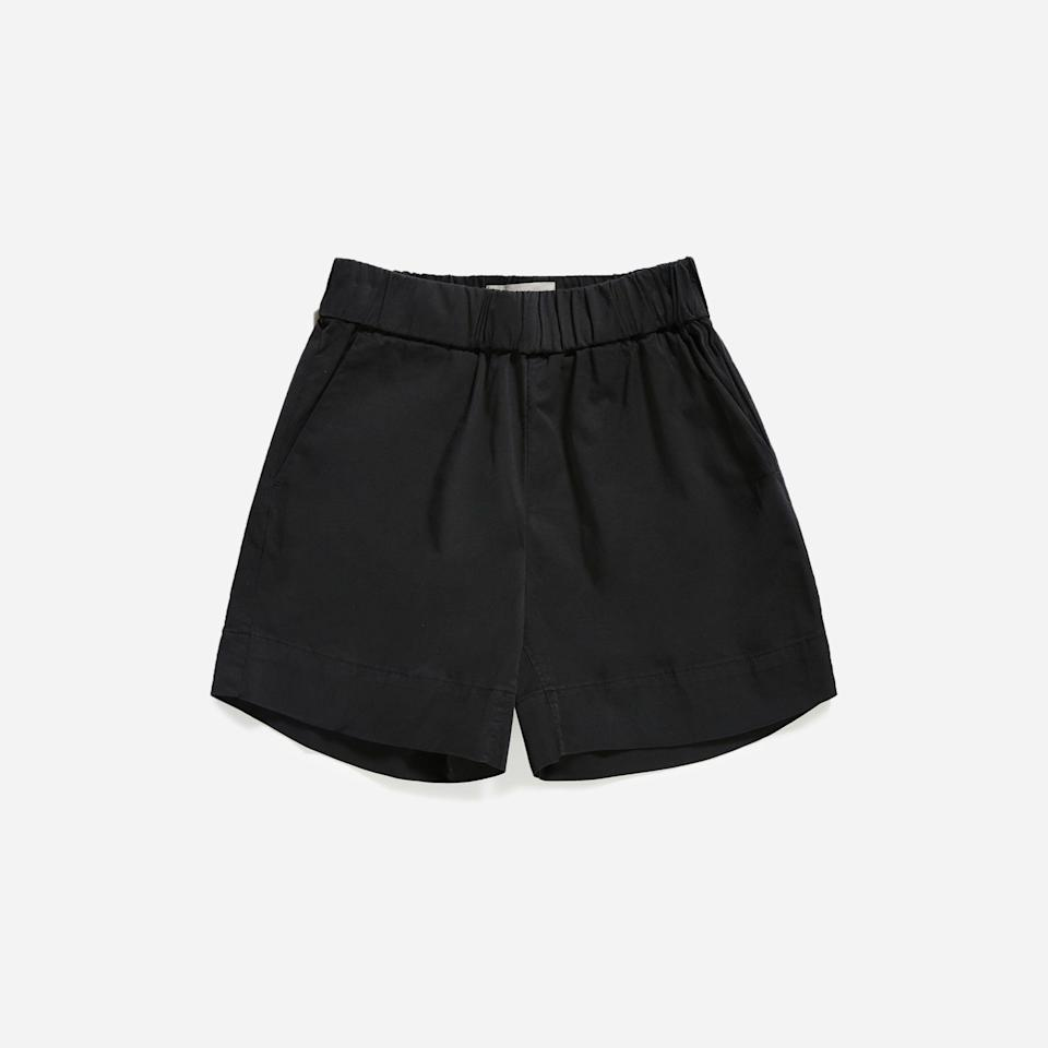 """<p><strong>everlane</strong></p><p>everlane.com</p><p><strong>$45.00</strong></p><p><a href=""""https://go.redirectingat.com?id=74968X1596630&url=https%3A%2F%2Fwww.everlane.com%2Fproducts%2Fwomens-easy-modern-chino-short-washed-black&sref=https%3A%2F%2Fwww.thepioneerwoman.com%2Ffashion-style%2Fg36608512%2Fbest-high-waisted-shorts%2F"""" rel=""""nofollow noopener"""" target=""""_blank"""" data-ylk=""""slk:Shop Now"""" class=""""link rapid-noclick-resp"""">Shop Now</a></p><p>Everlane's Easy Short is easy to wear and easy to love! Pull these on and pair with a T-shirt or tank top and you're good to go.</p>"""
