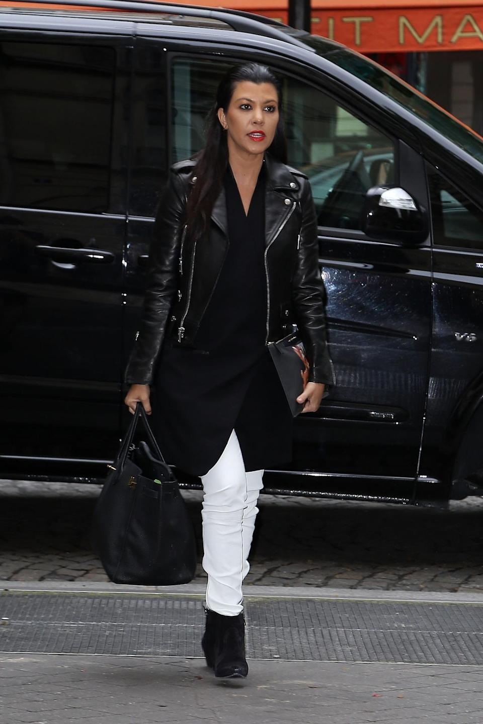 """In 2014, Kourtney had already reached a place where she was eating well. After her morning workout, Kourt, even now, opts for """"hard-boiled eggs or my signature salad for lunch"""". But Kourtney also confessed that she thinks she needs """"to start including more protein after my workout."""""""