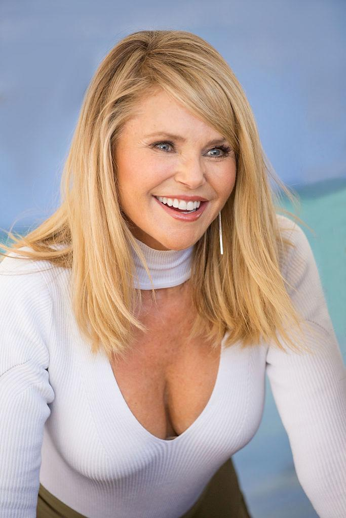 Christie Brinkley Chops Off Her Hair Do You Love It