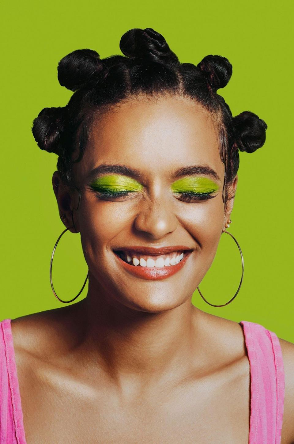 Colorful Eye Makeup Ideas for All Your Post-Quarantine Summer Festivals