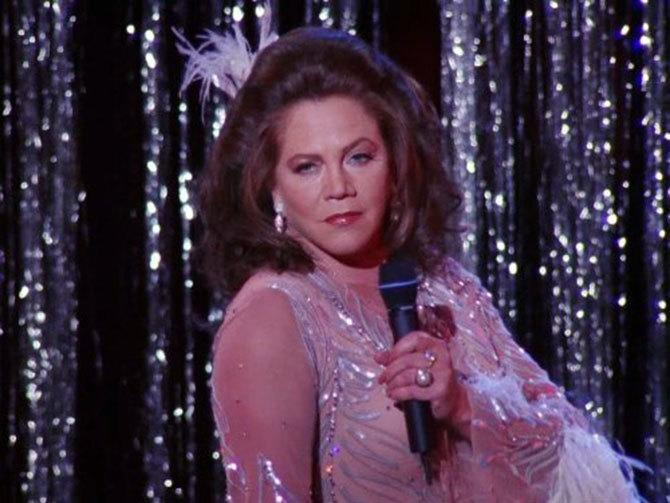 Kathleen Turner en Friends (©NBC)