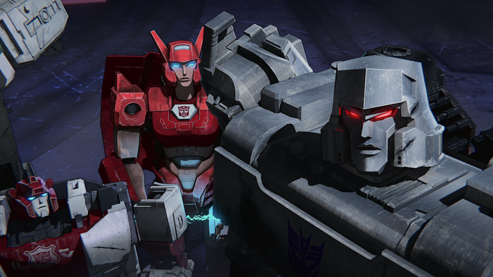 Elita-1 (Linsay Rousseau) confronts Megatron (Jason Marnocha) in Transformers: War for Cybertron Chapter 2: Earthrise. (PHOTO: Netflix)