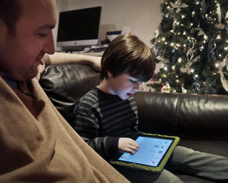 Gift Guide: Do homework when buying tablet for kid