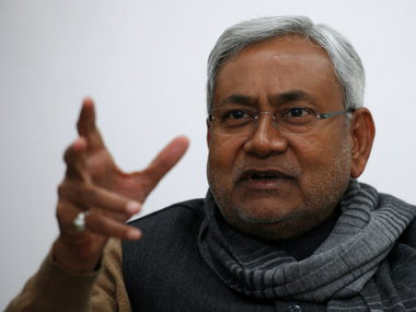 Police detain 26 villagers for pelting stones at Nitish Kumar's convoy in Buxar district; high-level probe underway