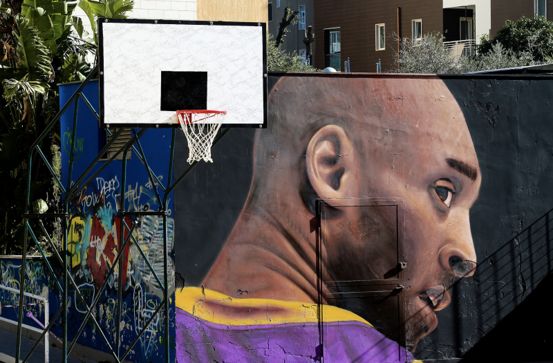 A view of the giant mural by the street artist Jorit Agoch, depicting Kobe Bryant, in the Montedonzelli district of Naples. (Photo: Marco Cantile/LightRocket via Getty Images)