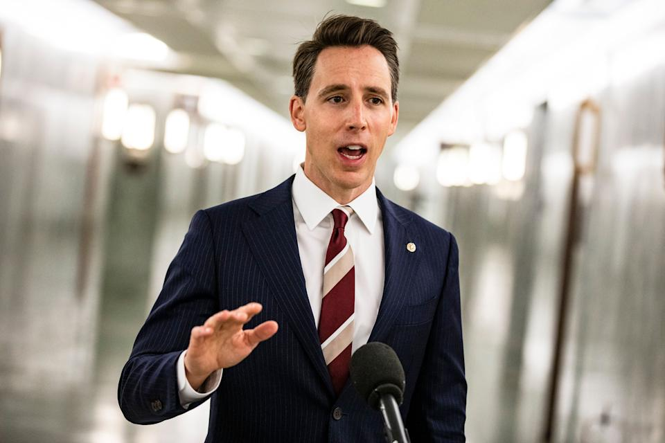 Sen. Josh Hawley (R-Mo.), who cheered on Donald Trump supporters outside the U.S. Capitol before they stormed the building on Jan. 6, is one of many Republicans trying to deflect blame for what happened that day. (Photo: Samuel Corum via Getty Images)