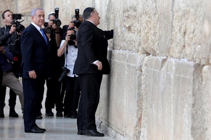 US Secretary of State Mike Pompeo joined Benjamin Netanyahu in a recent visit to the historic Western Wall in Jerusalem (AFP Photo/Abir SULTAN)