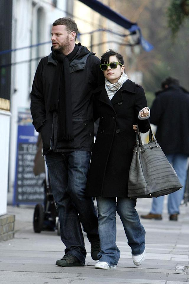 """Speaking of pregnant pop stars, Lily Allen announced she was pregnant with her first child. The """"Smile"""" singer was spotted with her boyfriend/baby daddy Ed Simons, a Grammy-winning member of The Chemical Brothers, soon after the news broke. Dean Chapple/<a href=""""http://www.splashnewsonline.com"""" target=""""new"""">Splash News</a> - December 18, 2007"""
