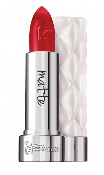 PHOTO: Try these long-lasting lipsticks to take you from mistletoe to NYE kiss. (IT Cosmetics)