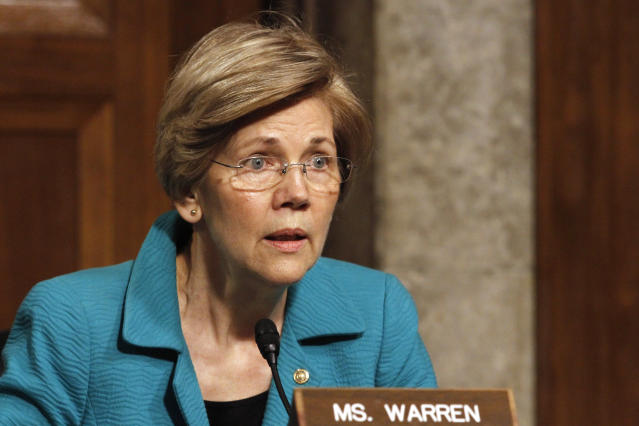 Senator Elizabeth Warren (D-Mass.) questions Janet Yellen on July 13, 2017.