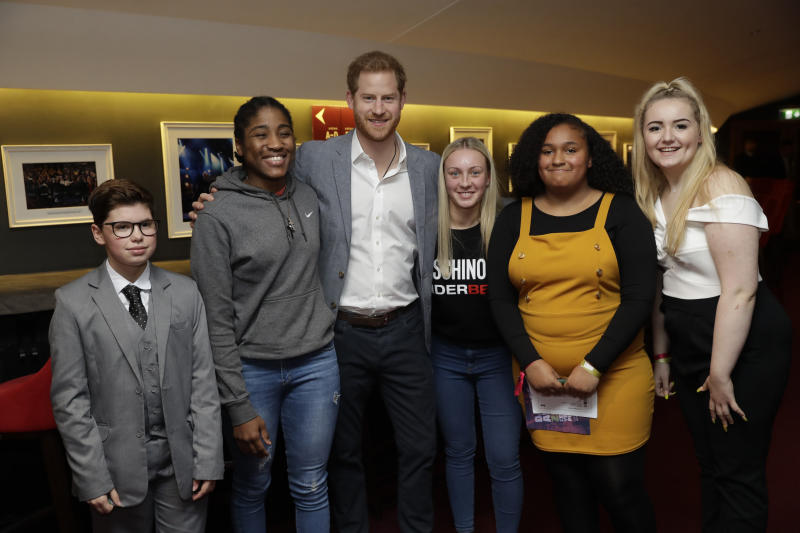 LONDON, UNITED KINGDOM - NOVEMBER 17: Prince Harry, Duke of Sussex poses for a group shot as he meets nominees, winners and performers at the inaugural OnSide Awards at the Royal Albert Hall on November 17, 2019 in London, United Kingdom. (Photo by Matt Dunham – WPA Pool/Getty Images)