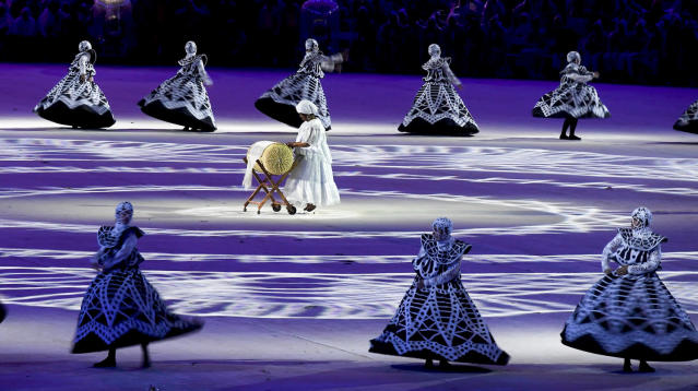 <p>Performers take part in the closing ceremony for the 2016 Rio Olympics. (REUTERS/Toby Melville) </p>