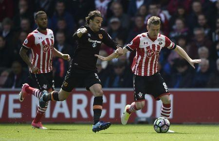 Britain Football Soccer - Southampton v Hull City - Premier League - St Mary's Stadium - 29/4/17 Southampton's Steven Davis in action with Hull City's Lazar Markovic Reuters / Hannah McKay Livepic