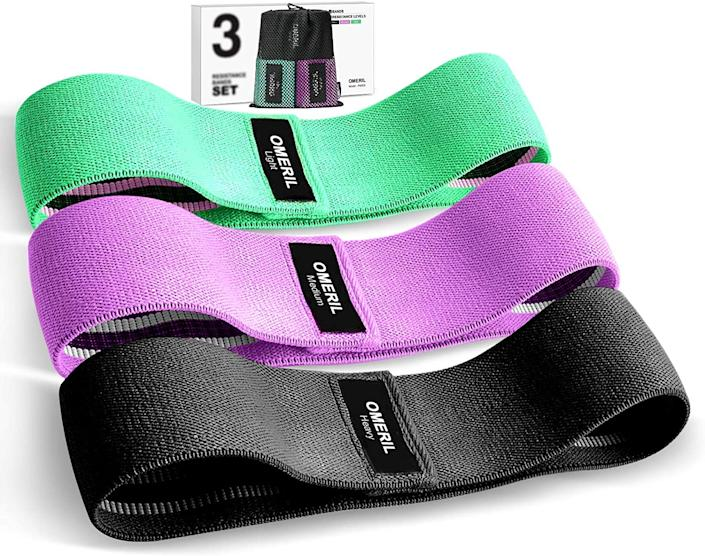 Omeril 3 Pack Fabric Workout Bands are on sale for just $19. Image via Amazon.