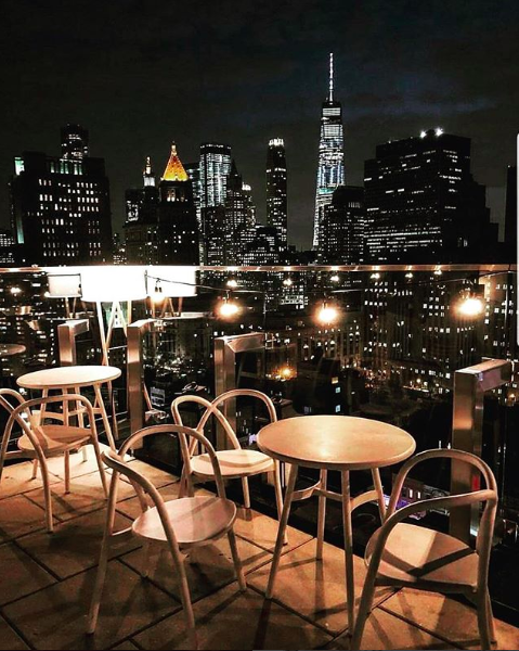 <p>The Crown is located on the 21st floor of 50 Bowery. Famous for its breath-taking views of downtown Manhattan and chic decor, your Instagram account definitely won't be short of content. When it comes to drinks, The Crown scores five stars, with many of their cocktails drawing inspiration from the city. Take the Black Dragon Tea for example, inspired by China Town neighbourhood. It's the perfect way to taste different neighbourhoods without getting stuck in traffic. </p>