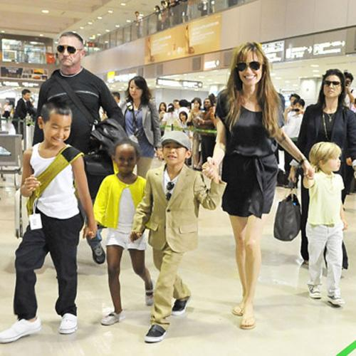 <p>Maddox, 8, Zahara, 5, Pax, 6, and Shiloh, 4, accompanied mum through Narita airport. Shiloh stares dreamily away from the cameras.</p>