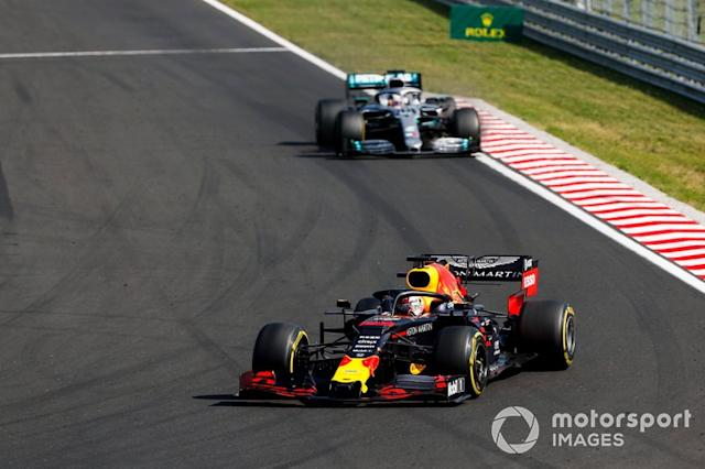 "Max Verstappen, Red Bull Racing RB15, Lewis Hamilton, Mercedes AMG F1 W10 <span class=""copyright"">Sam Bloxham / LAT Images</span>"