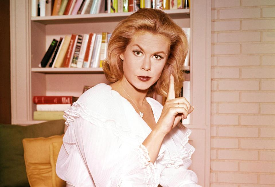Elizabeth Montgomery, who played Samantha the witch in the 1960s TV series <em>Bewitched</em>. (Photo: Everett Collection)