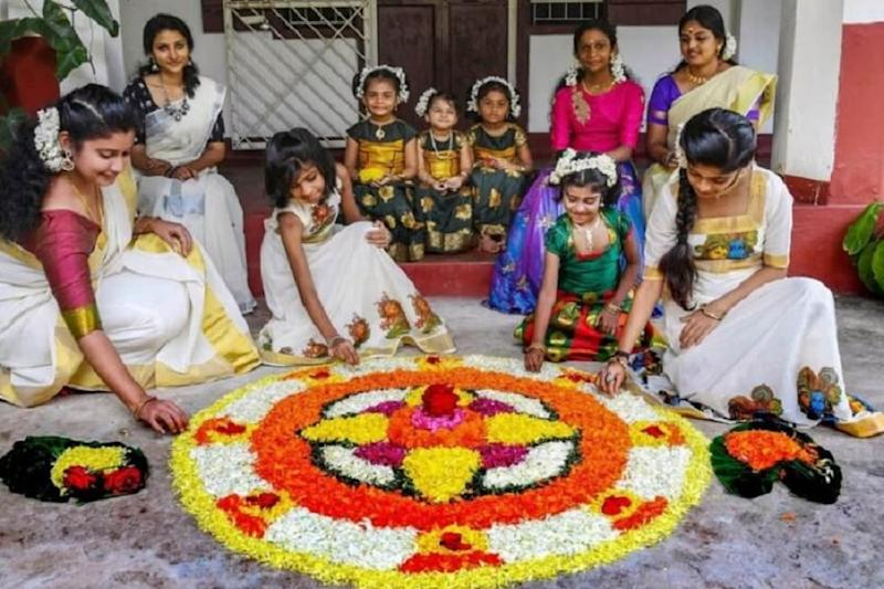 Onam 2019: How Kerala's Harvest Festival Welcomes Mahabali with Sadya and Pookalam