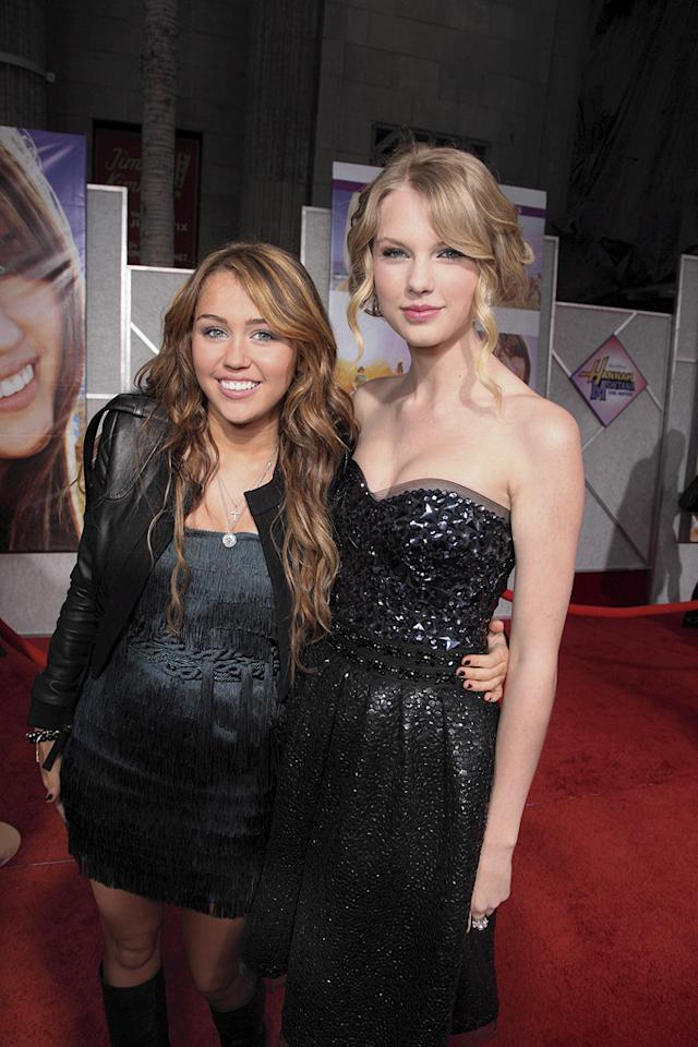 """<a href=""""http://movies.yahoo.com/movie/contributor/1809849015"""">Miley Cyrus</a> and <a href=""""http://movies.yahoo.com/movie/contributor/1810070677"""">Taylor Swift</a> at the Los Angeles premiere of <a href=""""http://movies.yahoo.com/movie/1810025272/info"""">Hannah Montana The Movie</a> - 04/02/2009"""
