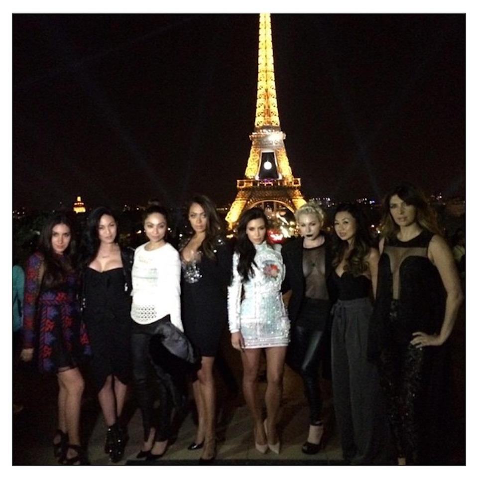 """<p>Kim Kardashian never misses a photo op, so it's no surprise she rounded up her girl gang for a shot in front of the iconic monument before her 2014 wedding. (She reshared the pic a year later.) These days, she has <a rel=""""nofollow"""" href=""""https://www.yahoo.com/celebrity/six-more-kim-kardashian-robbery-201448149.html"""" data-ylk=""""slk:mixed feelings about the city;outcm:mb_qualified_link;_E:mb_qualified_link;ct:story;"""" class=""""link rapid-noclick-resp yahoo-link"""">mixed feelings about the city</a> though. (Photo: <a rel=""""nofollow noopener"""" href=""""https://www.instagram.com/p/3ASXYGuS_P/?taken-by=kimkardashian"""" target=""""_blank"""" data-ylk=""""slk:Kim Kardashian via Instagram"""" class=""""link rapid-noclick-resp"""">Kim Kardashian via Instagram</a>) </p>"""