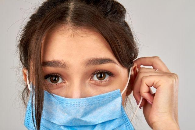 Wearing face masks reduces our ability to read other's emotions finds new study