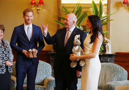 Britain's Prince Harry and wife Meghan, Duchess of Sussex are welcomed by Australia's Governor General Peter Cosgrove and his wife Lynne Cosgrove at Admiralty House during their visit in Sydney, Australia October 16, 2018. REUTERS/Phil Noble/Pool