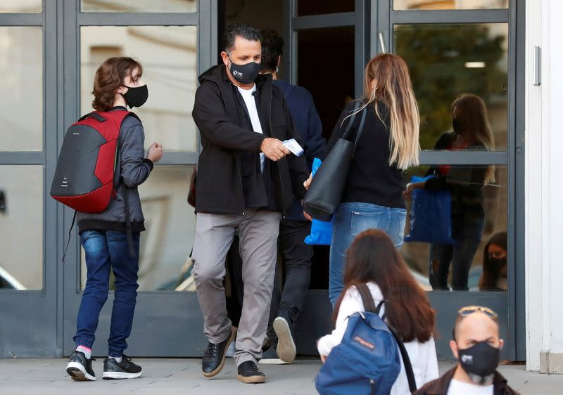 FILE PHOTO: Outbreak of the coronavirus disease (COVID-19) in Buenos Aires