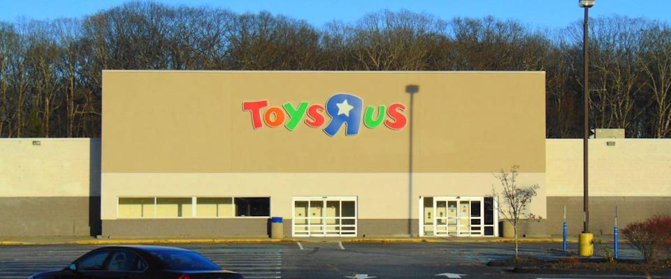 A closed Toys R Us in Waterford, CT