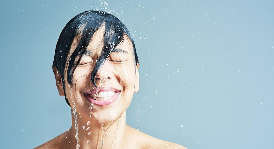 Would you ditch your face towel to dry au-natural? [Photo: Getty]