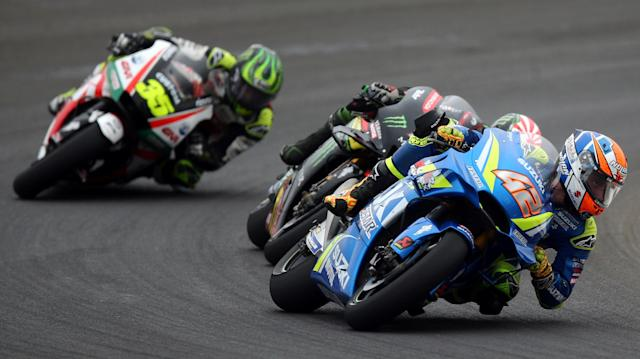Motorcycle Racing - Argentina Motorcycle Grand Prix - MotoGP race - Termas de Rio Hondo, Argentina - April 8, 2018 - Team Suzuki Ecstar rider Alex Rins (42) of Spain, Monster Yamaha Tech 3 rider Johann Zarco of France and LCR Honda Castrol rider Cal Crutchlow of Britain compete. REUTERS/Marcos Brindicci