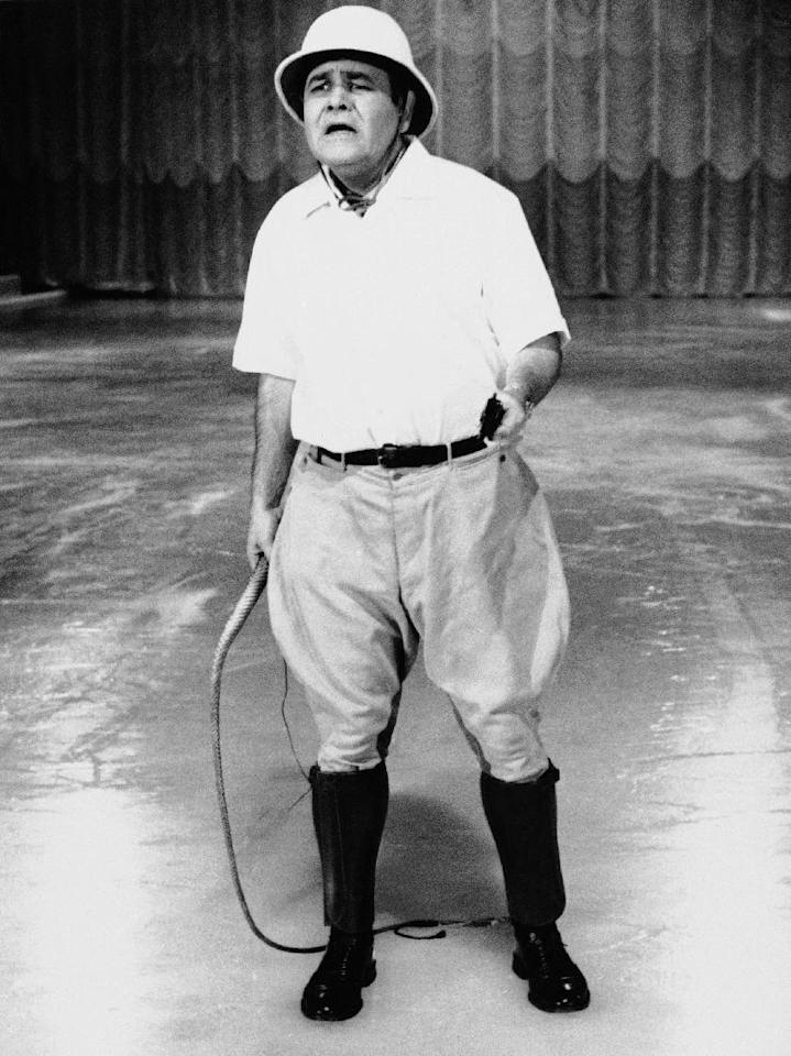 """FILE - This Sept. 22, 1967 file photo released by ABC shows comedian Jonathan Winters, hosting """"Holiday on Ice."""" Winters, whose breakneck improvisations inspired Robin Williams, Jim Carrey and many others, died Thursday, April 11, 2013, at his Montecito, Calif., home of natural causes. He was 87. (AP Photo/ABC-TV, file)"""