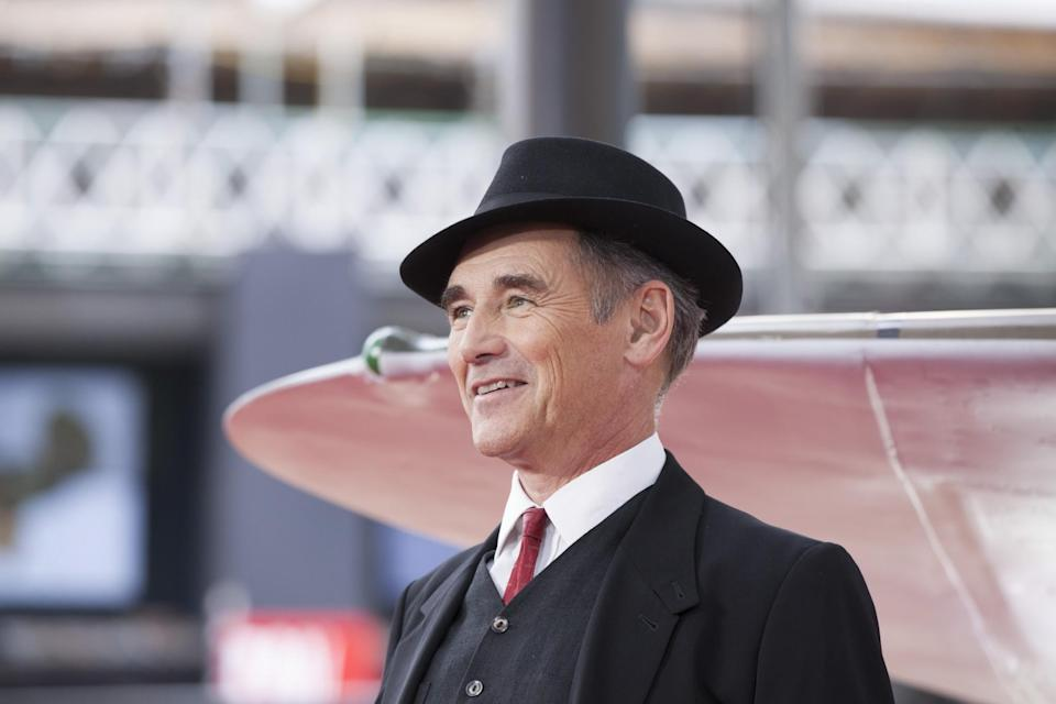 <p>Sir Mark Rylance plays boat owner Mr. Dawson who travels to 'Dunkirk' with his son to help the troops (WB) </p>