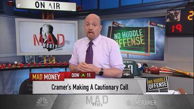 Jim Cramer says hedge fund managers that call a top to the stock market are never sorry and never own up to calling it early.