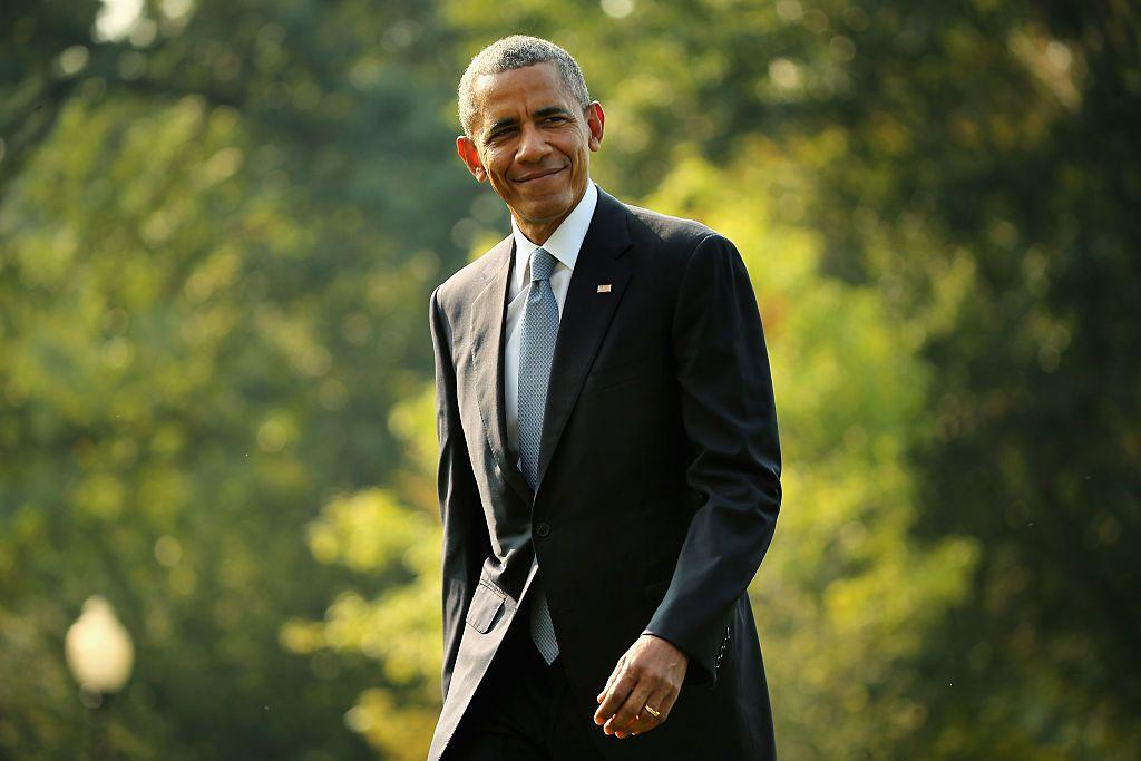 "<p>Though it may feel like summer 2019 is drawing to a close, there's still a month or so left open of the official window to relax, drink Aperol Spritz and get lost in a good book.</p><p>That's certainly what former President of the United States, Barack Obama, has been doing with his summer - well, we can't vouch for the Aperol Spritz part but the politician <em>has</em> released a list of the books he's been reading over the past couple of months <a href=""https://www.instagram.com/p/B1J3hS-AyW5/?utm_source=ig_embed"" target=""_blank"">on Instagram.</a></p><p>If it's anything like his past book recommendations or just going on the fact of how much we loved Michelle Obama's memoir <em>Becoming, </em>we can count on there being some great books featured among the new list. Scroll down for the full list of recommendations from the 44th POTUS...<em><br><br>We earn a commission for products purchased through some links in this article.</em><em><br></em></p>"