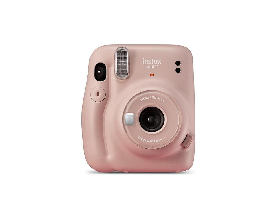 Instax mini 11 Instant camera in blush pinkFujifilm