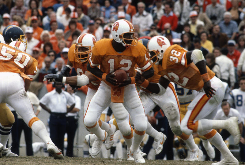 Quarterback Doug Williams in action against the Chargers on Dec. 13, 1981. (Photo by Focus on Sport/Getty Images)
