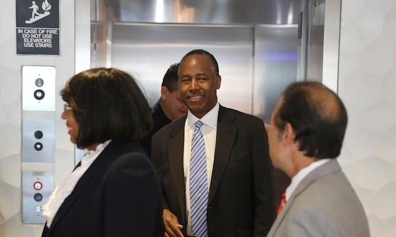 Ben Carson visits Colllins Park apartment complex on Wednesday in Miami, Florida.
