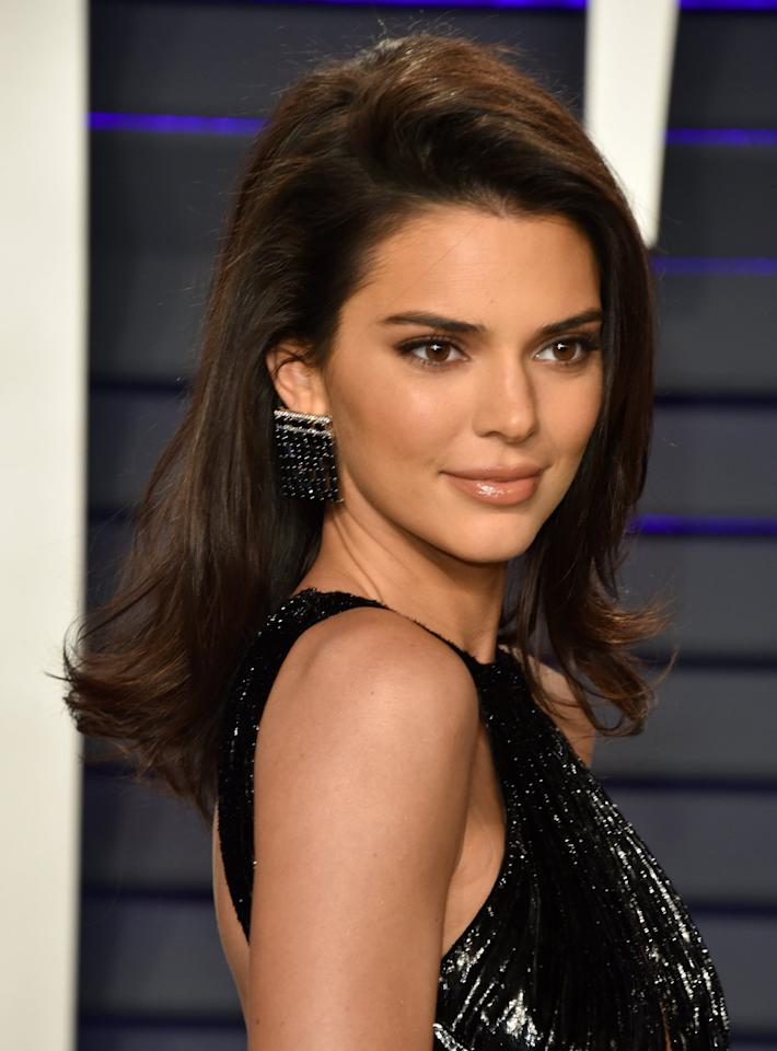 Kendall Jenner Might Be Turning Her No-Makeup Makeup Look ...