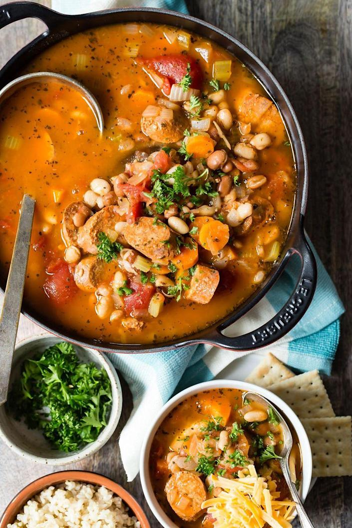 "<p>It has protein, it has veggies, it has amazing spices: Let's just call it happiness in a bowl.</p><p><strong>Get the recipe on <a href=""http://foodnessgracious.com/buffalo-white-bean-chili-vegetarian-sausage/"" rel=""nofollow noopener"" target=""_blank"" data-ylk=""slk:Foodness Gracious"" class=""link rapid-noclick-resp"">Foodness Gracious</a>.</strong></p>"