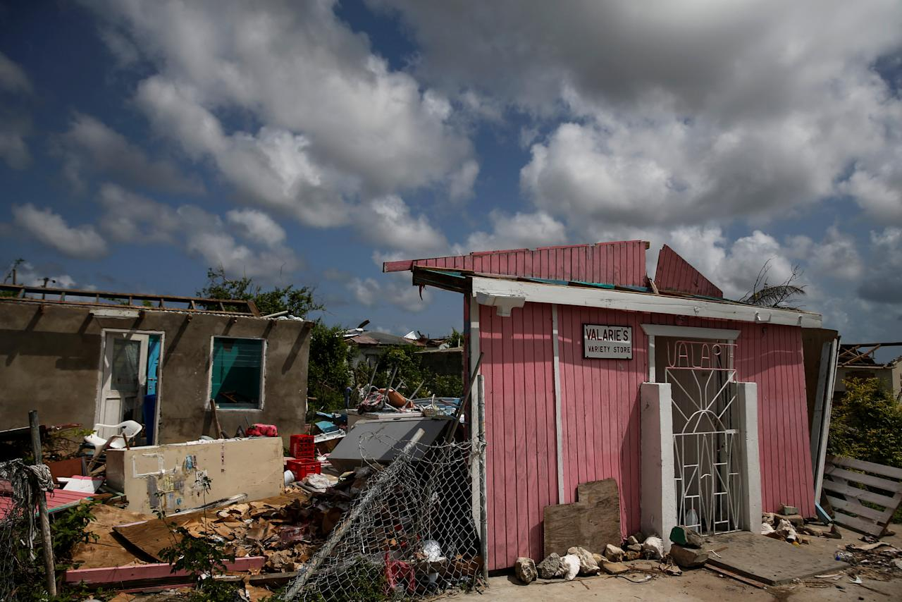 <p>Homes sit in ruins at Codrington on the island of Barbuda just after a month after Hurricane Irma struck the Caribbean islands of Antigua and Barbuda, October 7, 2017. REUTERS/Shannon Stapleton </p>
